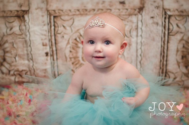 toledo baby photographer 6 month baby girl session-joyphotography